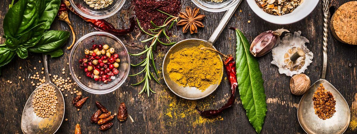 01-herbs-spices-improve-health-1200x675